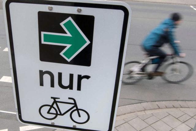 Verkehrspolitik: Grüner Pfeil für Fahrradfahrer