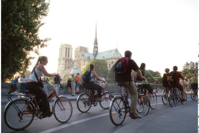 Radfahrer auf der Ile de Cite, Paris