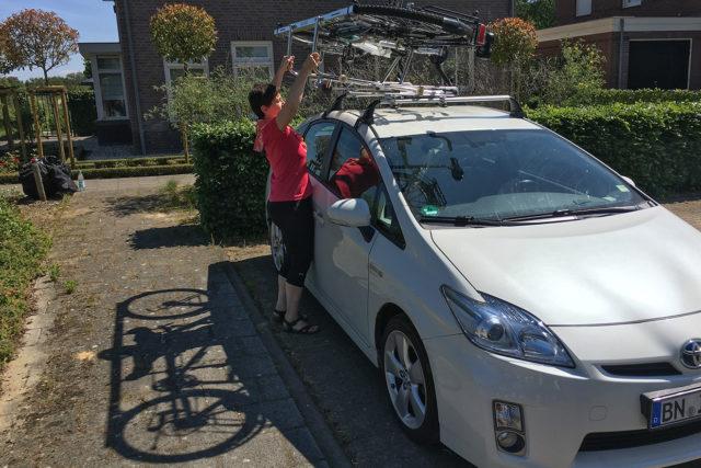 Fahrradträger_Dachträger_liegend