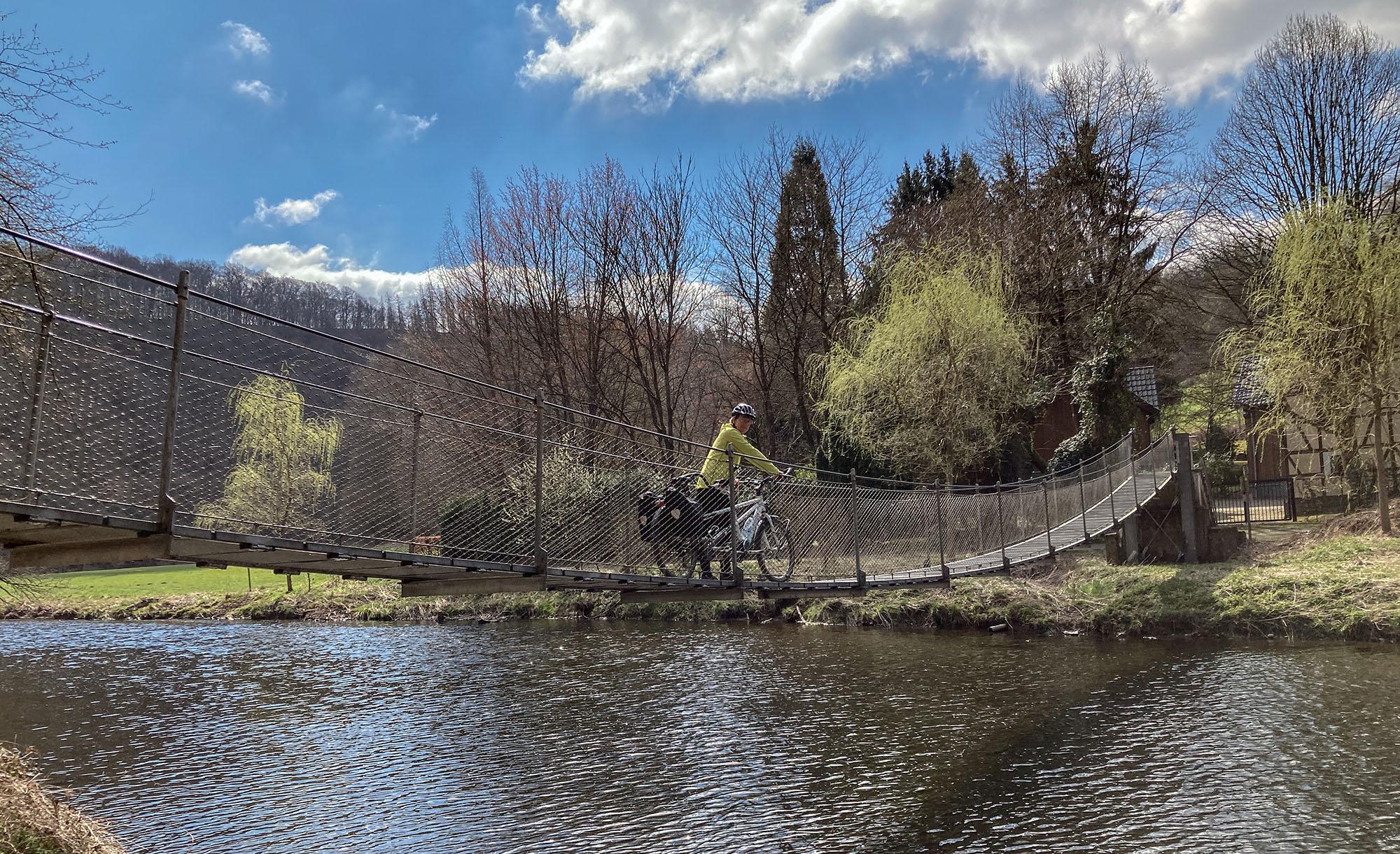Hängebrücke über die Nister