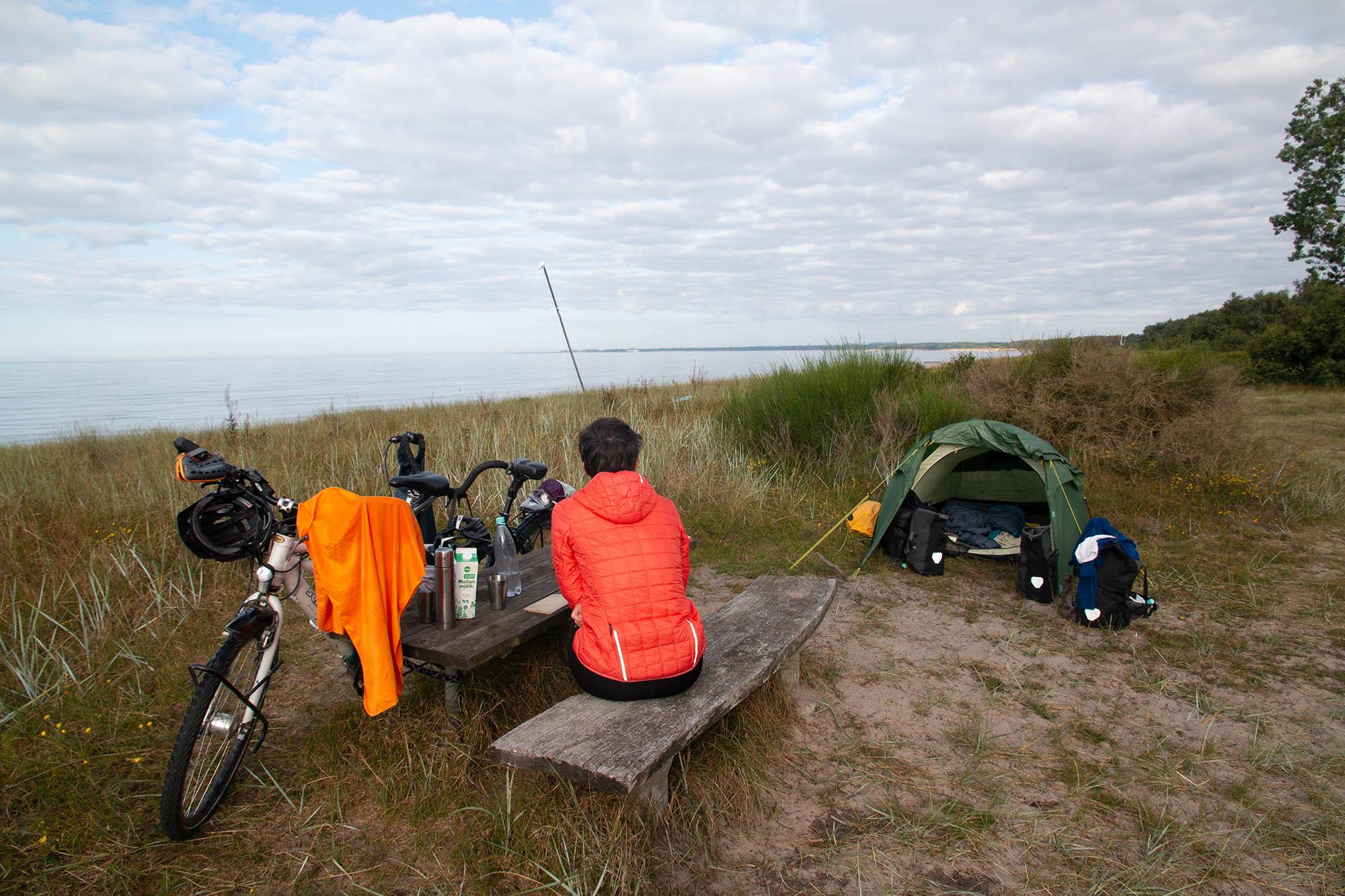 Zelten an der Küste